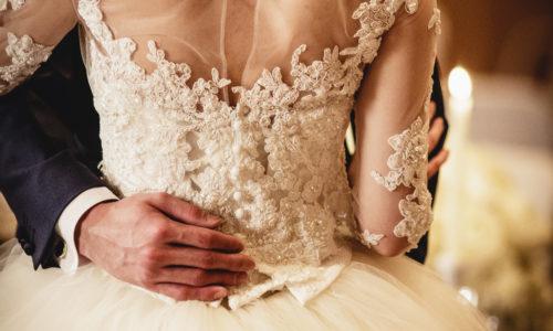 【注目】プレ花嫁必見のNEWトレンド!『イリュージョンドレス』とは